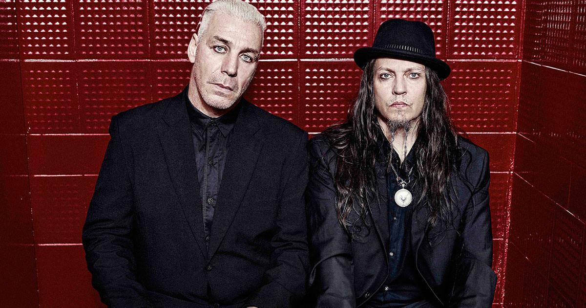Sessão de autógrafos de Lindemann em Paris