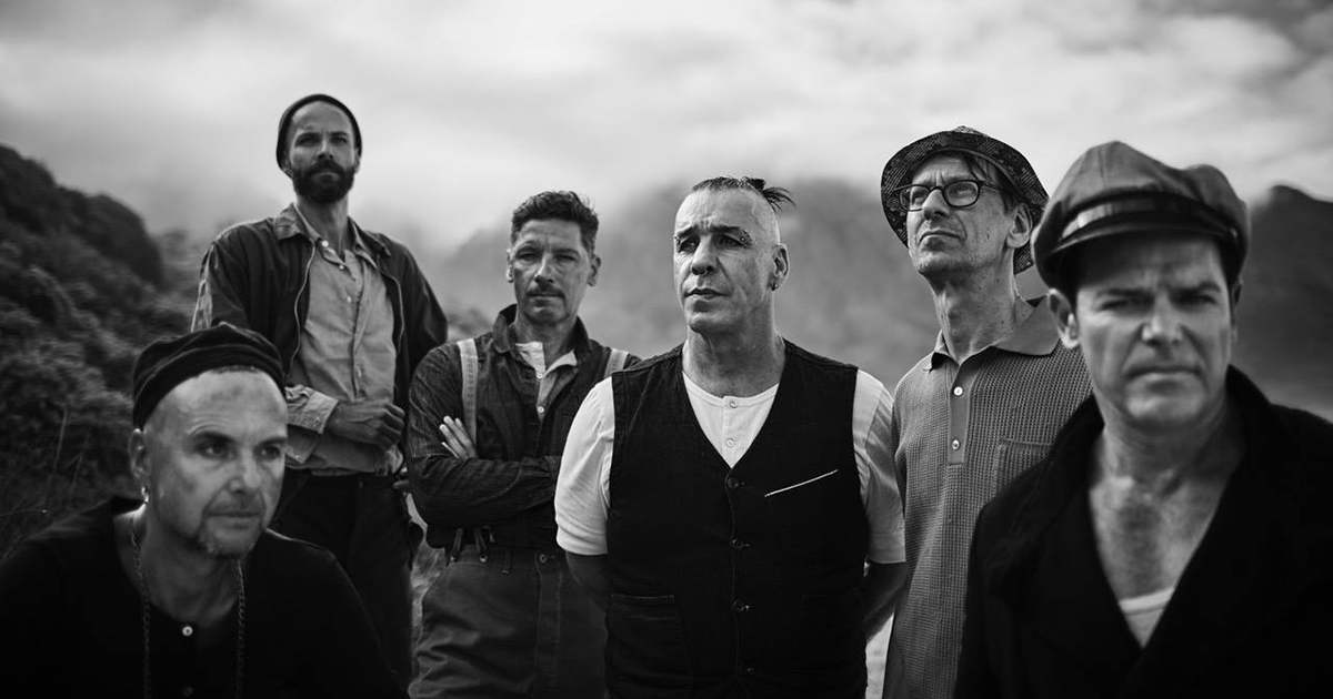 "Rammstein assistem ao festival ""Black Box"""